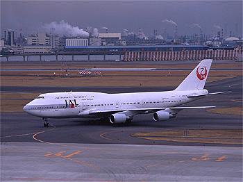 747_400domb